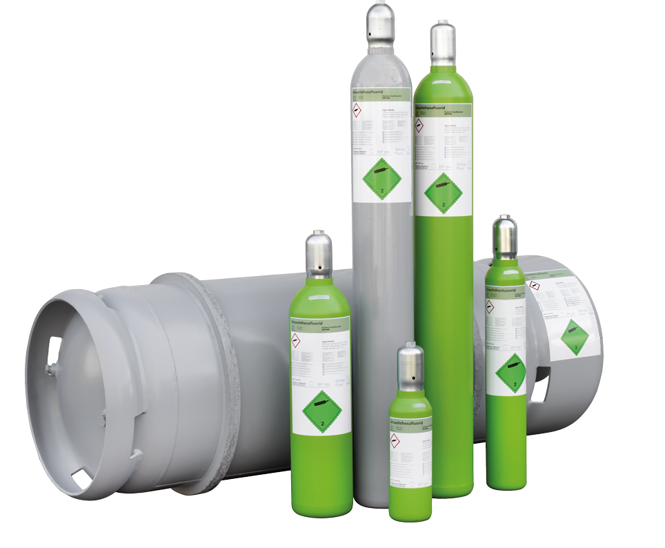 Gas cylinders for new gas (Photo: Solvay)